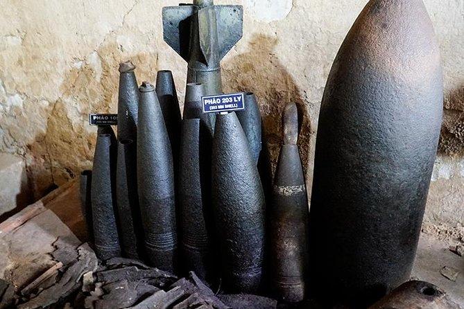 Bombs cu chi tunnel