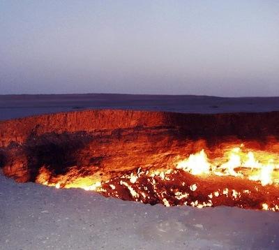 Darvaza_Gas_Crater tours