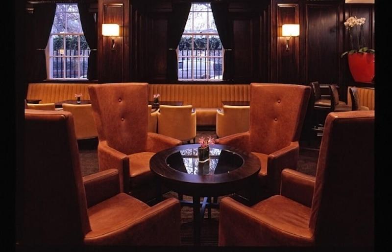 Pine Bar Millenium Hotel