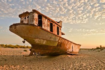 muynak_boat
