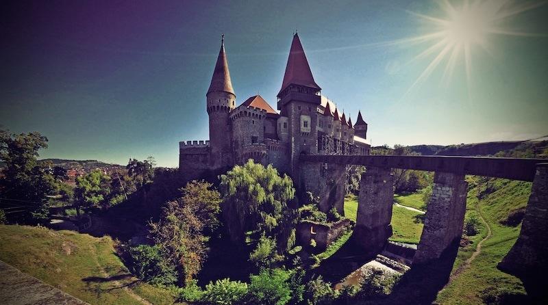 corvin castle pic