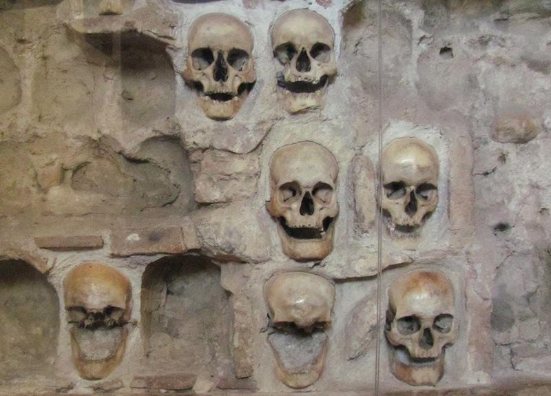 Nis_skull_tower dark tourism serbia