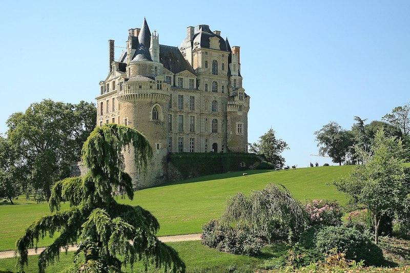 Château_de_Brissac_Brissac-Quincè