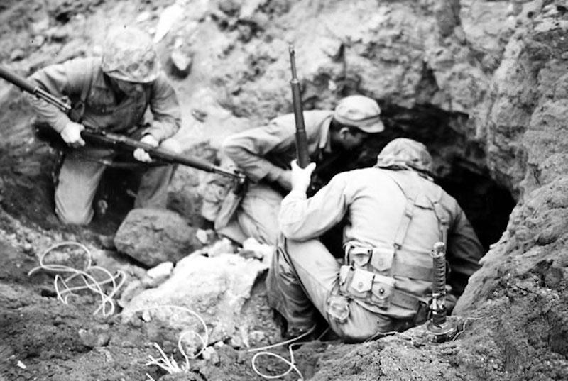 Battle_Scene_on_Iwo_Jima