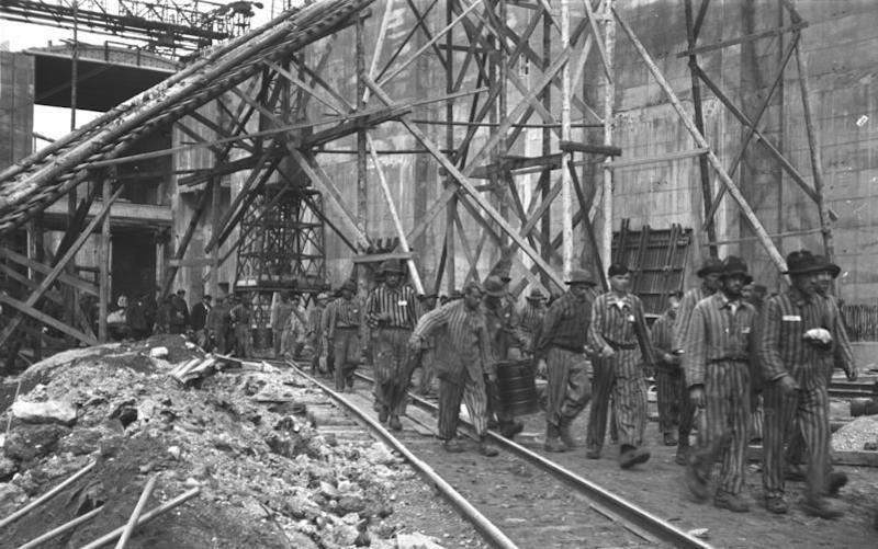 "Bremen-Farge, U-Boot-Bunker ""Valentin"", Bau"