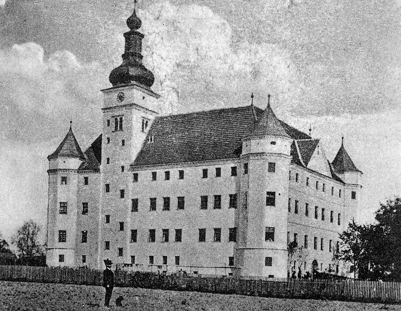 Schloss_Hartheim_-_history