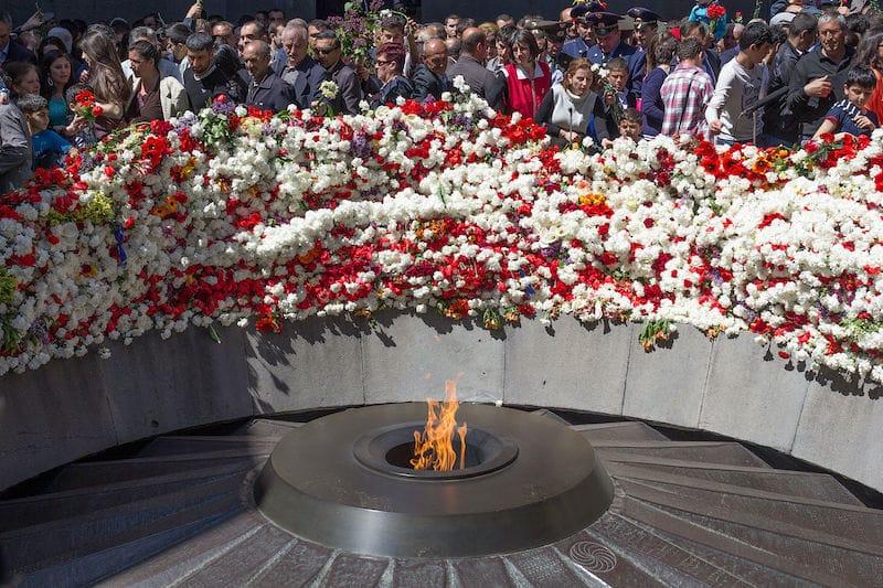 The_Eternal_Flame_-_Armenian_Genocide_Memorial_in_Yerevan