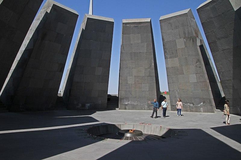 Yerevan-Tsitsernakaberd-2